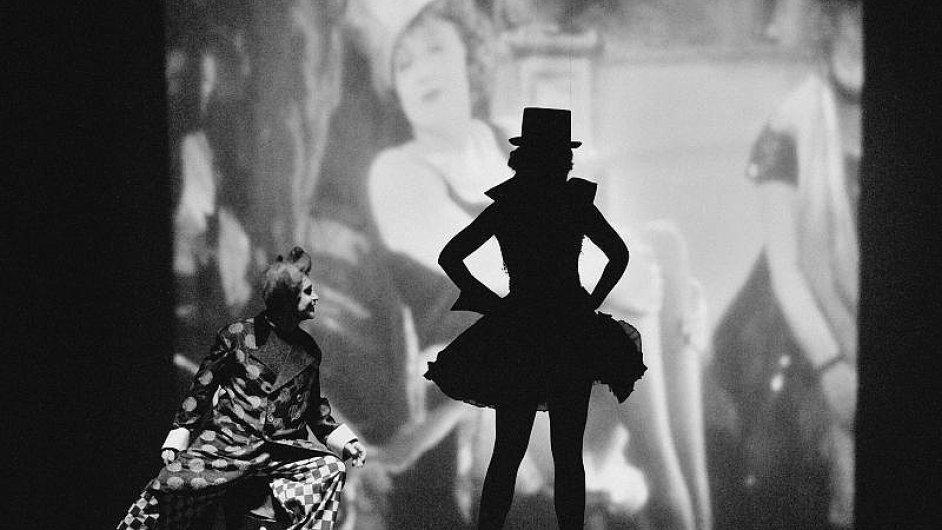 Na snímku z muzikálu Edith a Marlene, jejž v Ostravě dosud vidělo 45 tisíc diváků, jsou Jaroslav Rusnák a Eva Zbrožková.