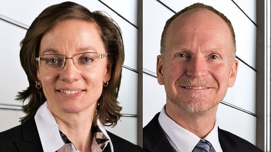 Klára Starková a John Winkler, výkonní ředitelé divize obsluhující klienty z odvětví finančních služeb společnosti Accenture v České republice