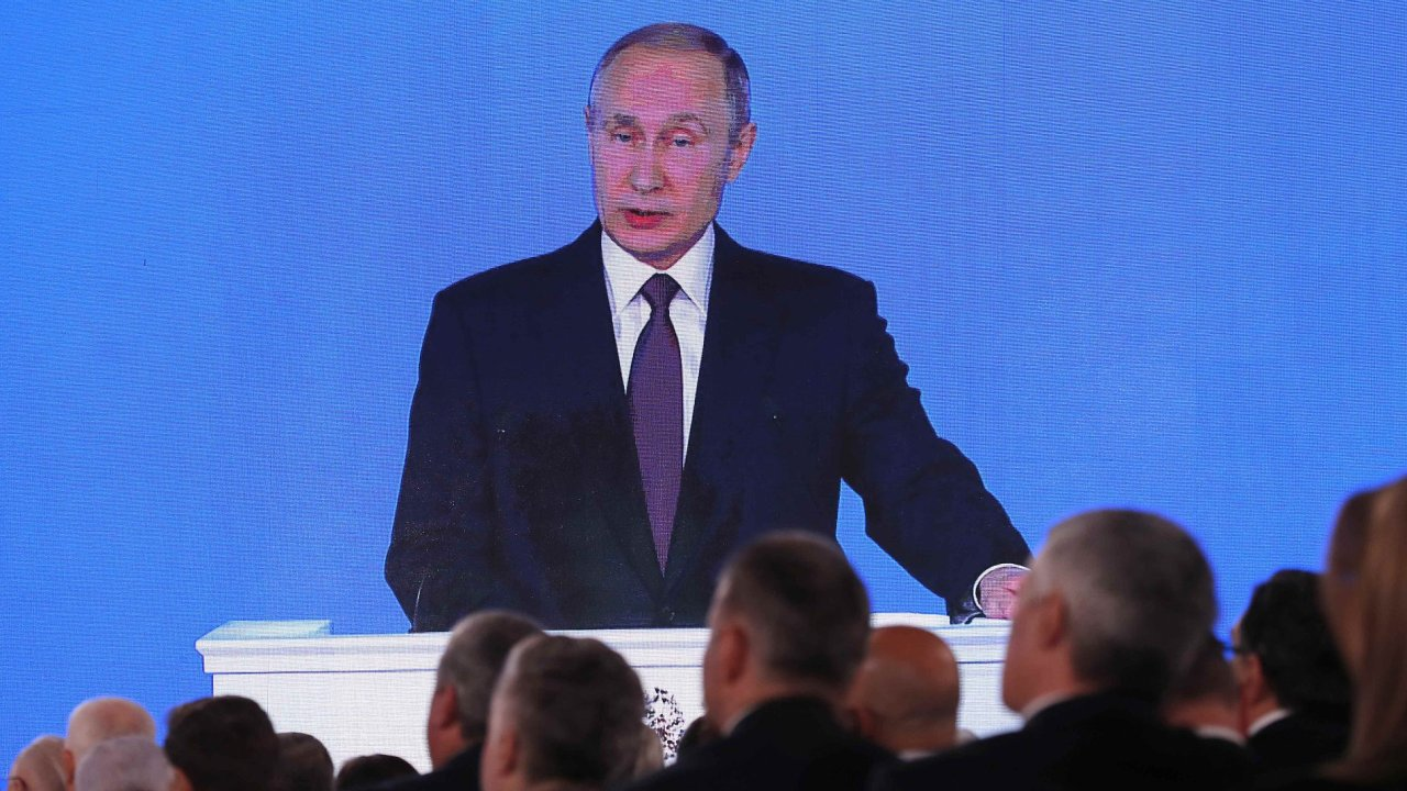 Vladimir Putin pronesl poselství o stavu federace.