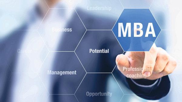 V ČR jsou desítky soukromých i státních škol nabízejících získání titulů MBA a DBA. Ročně na nich dokončí studium stovky studentů.