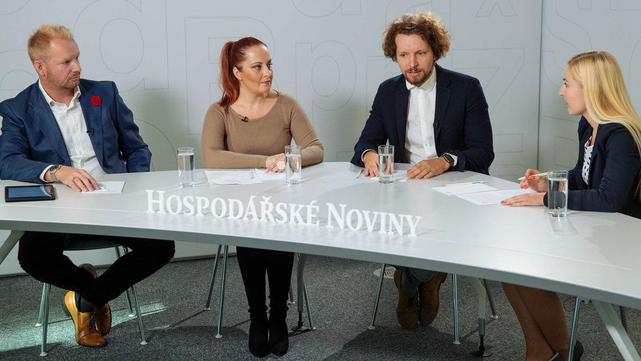 Diskuse HN se zúčastnili (zleva): Milan Začal (Techo), Petra Šebo (Xerox) a Filip Muška (CBRE). Moderovala redaktorka Jana Niedermeierová.