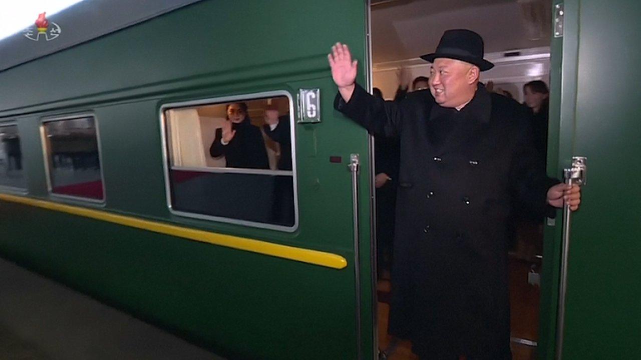 Kim Čong-un přijel vlakem na návštěvu Číny