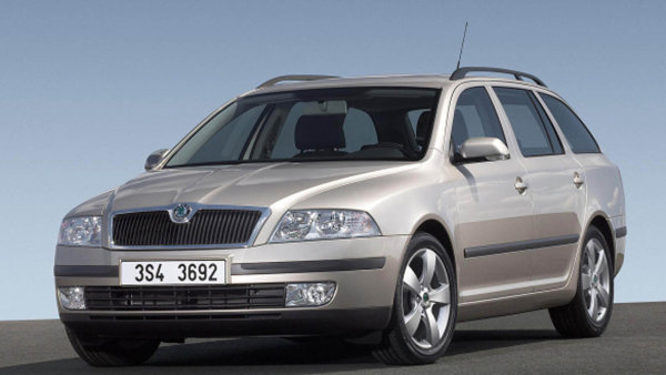 Nejprodávanějším ojetým vozem v Česku je stále Škoda Octavia - Ilustrační foto.