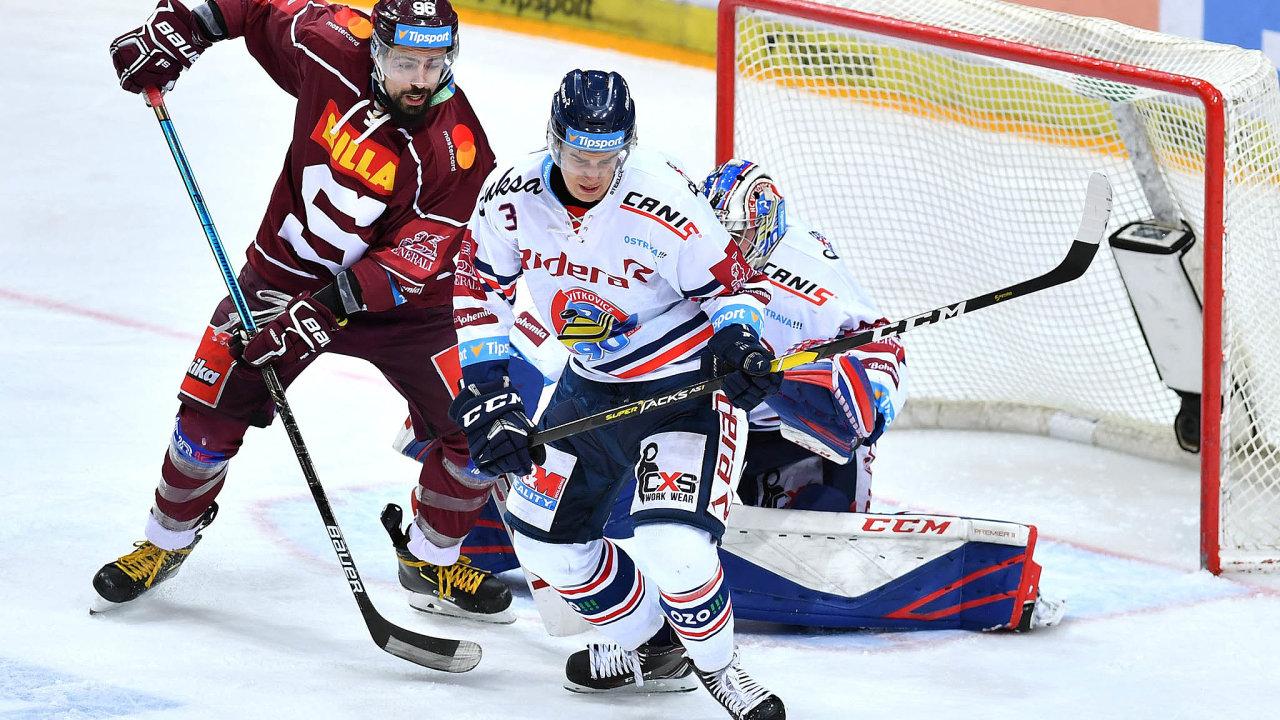 V polovině března prohráli hokejisté pražské Sparty v domácí O2 areně 1:5 s Vítkovicemi a sezona pro ně podruhé za sebou skončila už v předkole play-off.