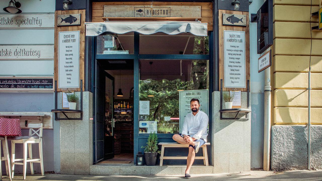 Radek Ficza stavímenu svého pražského podniku výhradně na rybách.