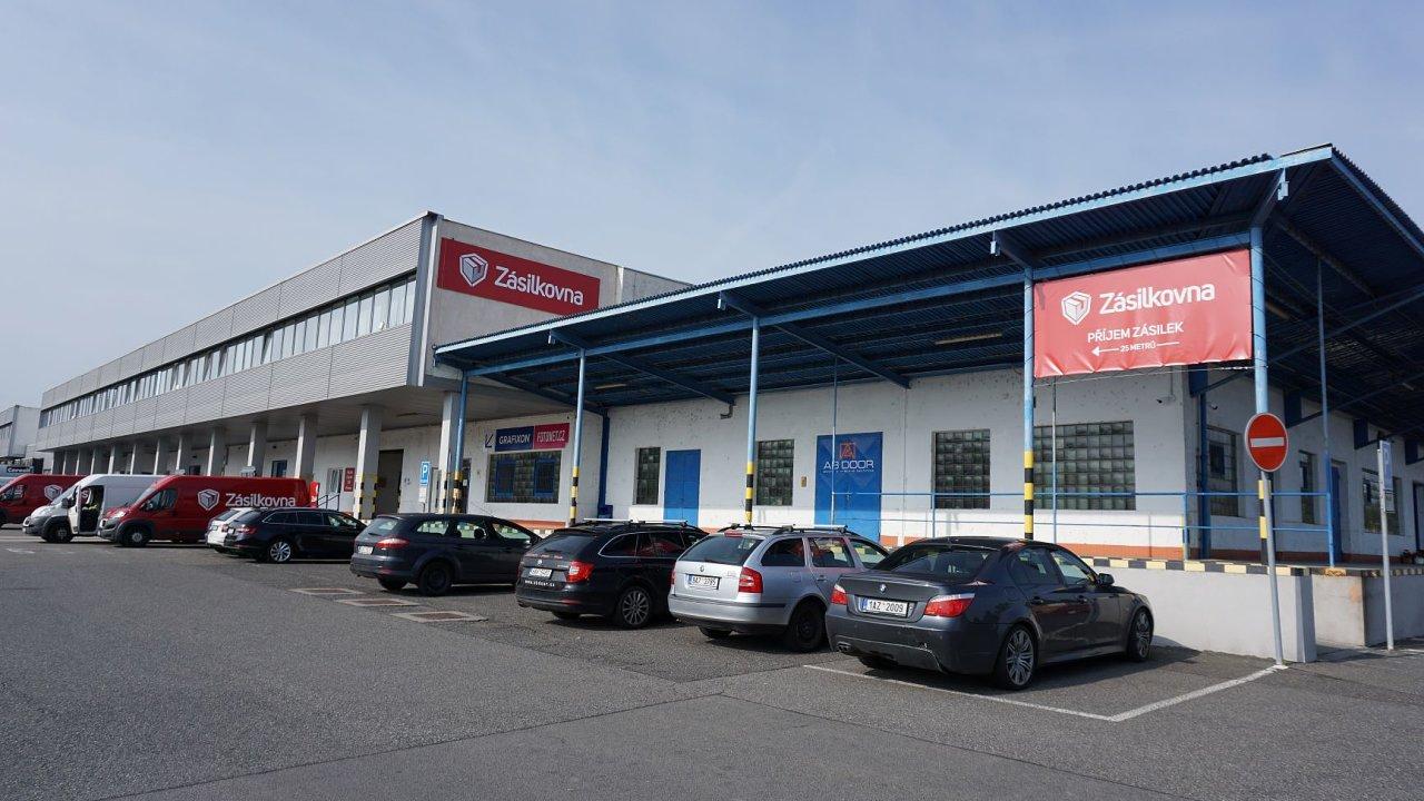 Nové depo Zásilkovny v Praze