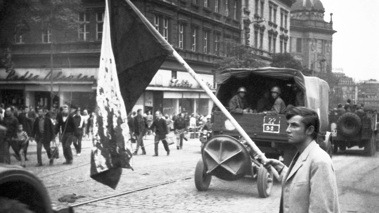 Okupace si Československa dokonce roku 1968 vyžádala 137 mrtvých azhruba 500 těžce zraněných.