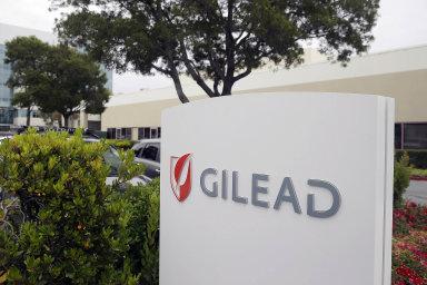 Gilead versus koronavirus. Díky americko-českému týmu vědců zřejmě brzy budou moci nejpostiženější čeští pacienti testovat lék proti nové zákeřné chorobě.