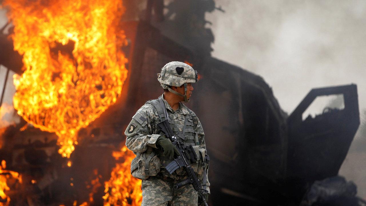 Americká armáda se spolu s ostatními západními jednotkami stahuje z Afghánistánu. V zemi, označované za jedno z center islámského terorismu, působili i čeští vojáci.