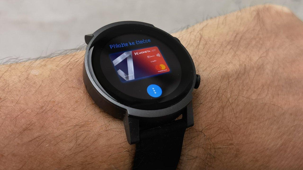 Chytré hodinky TicWatch E3 jsou lehké a relativně levné, mohly by ale mít kvalitnější displej