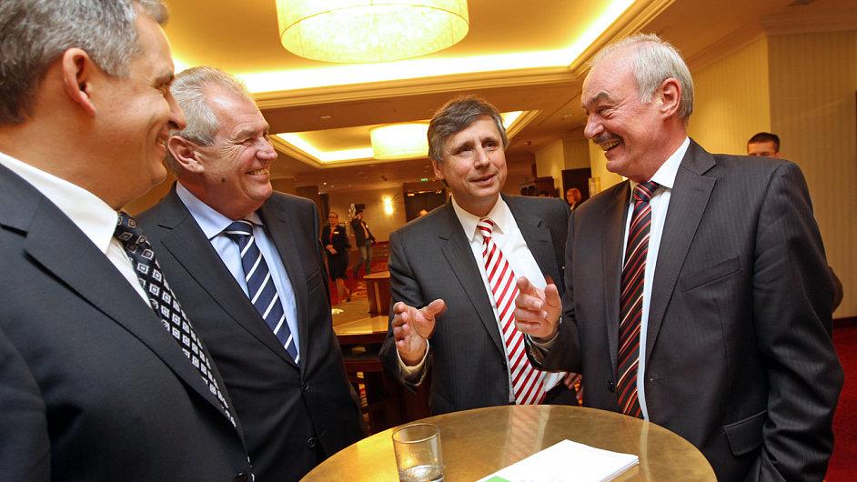 Debata prezidentských kandidátů v hotelu Marriott