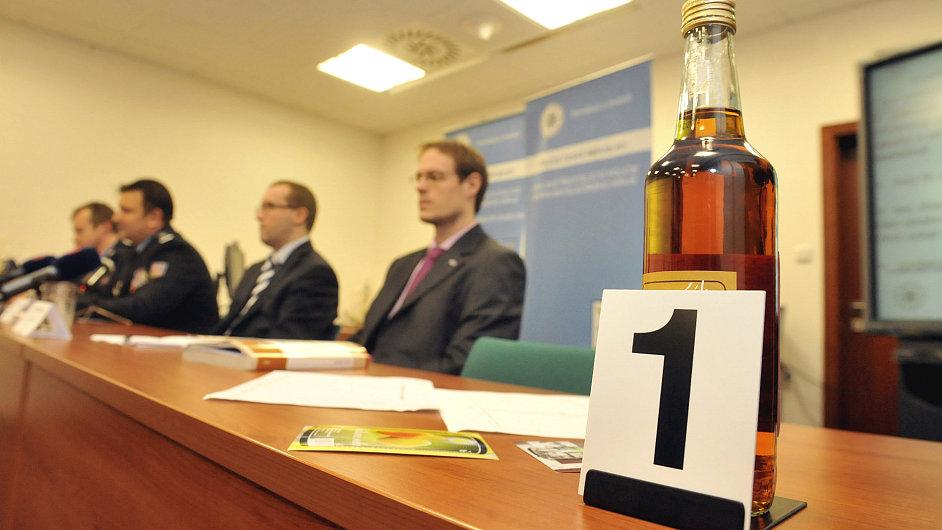 Tisková konference ke kauze metanol
