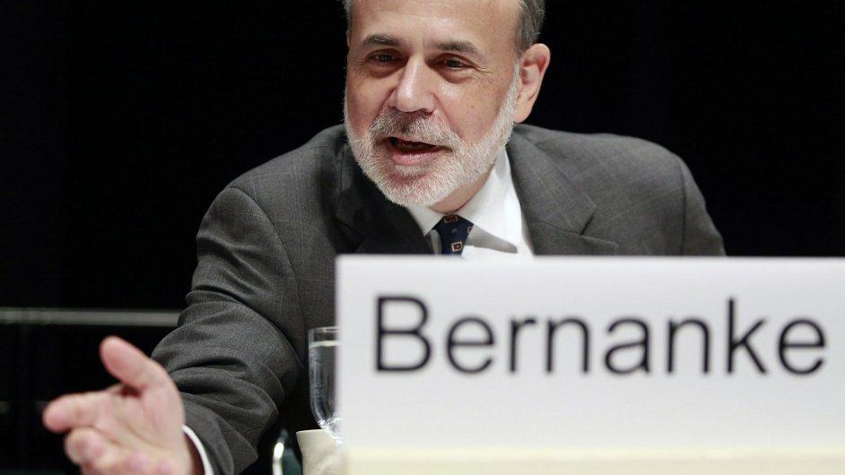 Šéf Fedu Ben Bernanke hájí QE3