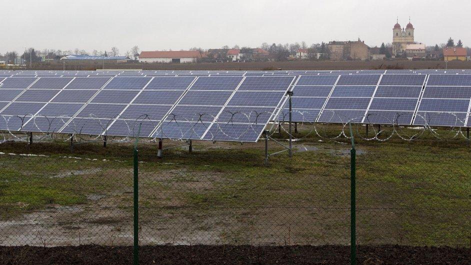 Fotovoltaická elektrárna v Břežanech u Prahy