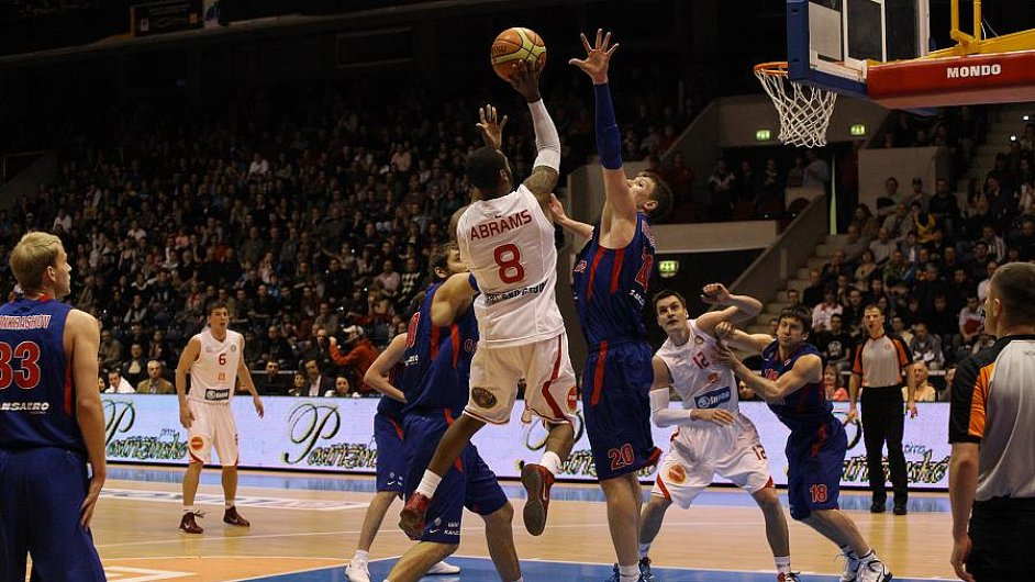 Nymburk loni v Pardubicích CSKA porazil