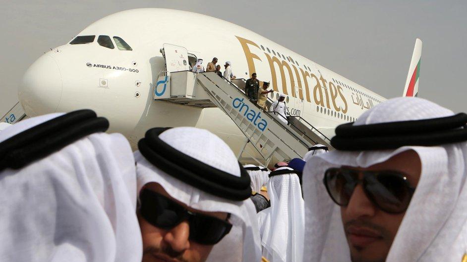 Nejvíc zatím na dubajském aerosalonu utrácí aerolinka Emirates.