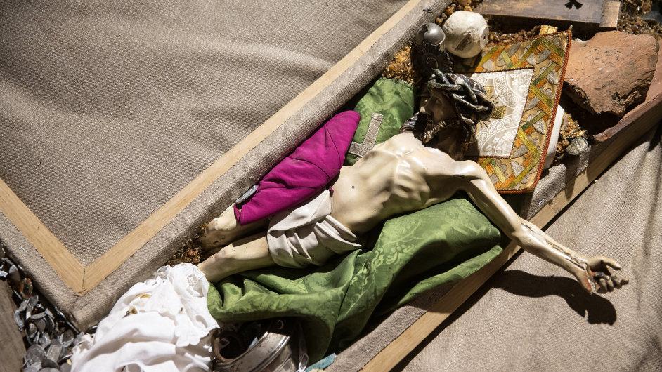Výstava Český papež v Meetfactory