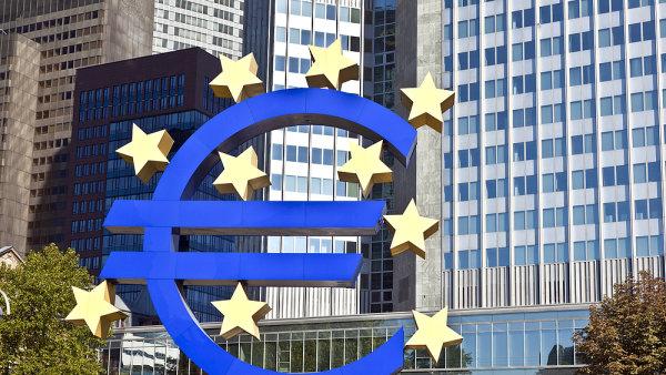Nyní je nezbytné vypracovat skutečný plán přistoupení do eurozóny.