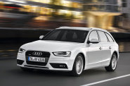 Facelift, kter� prob�hl p�ed n�kolika lety, p�inesl Audi A4 nov� sv�tla s diodami.