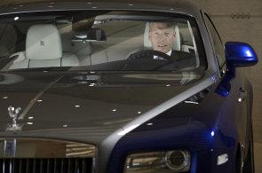 Šéf automobilky Rolls-Royce: Mládnou nám zákazníci