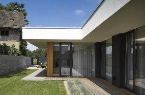 Skromn� velkorysost: Pohoda bydlen� je pro n�s to nejd�le�it�j��, vysv�tluje architekt Michal Kunc