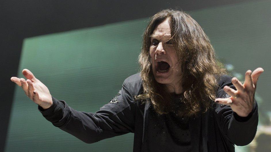 Zpěvák Ozzy Osbourne vystoupil 30. června v pražské O2 areně s britskou skupinou Black Sabbath.