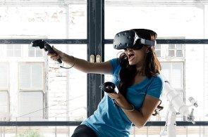 Video: HTC Vive je jako Matrix, přenese vás do jiných světů a naučí vás i bojovat