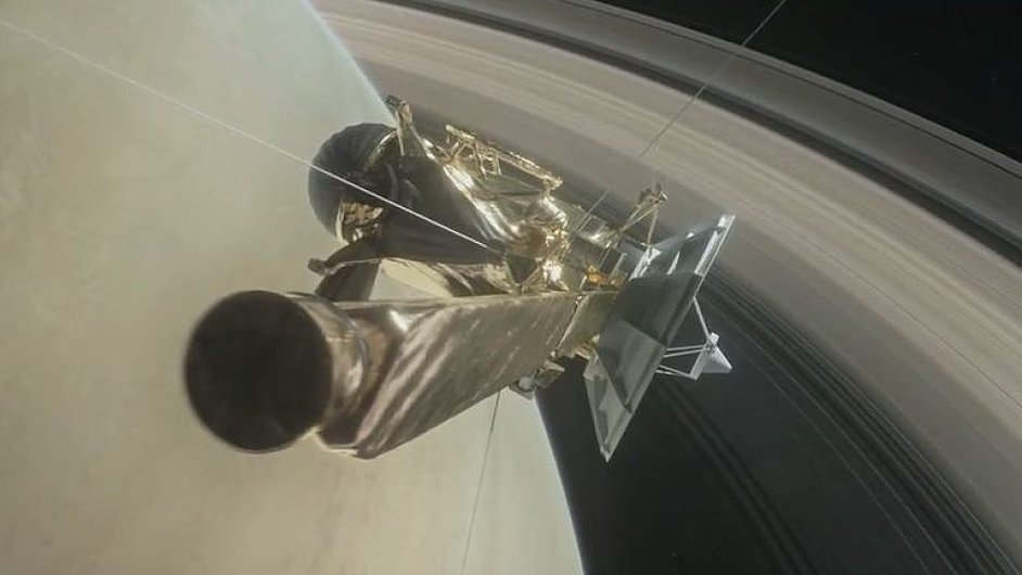 Velké finále sondy Cassini. Ponořila se mezi Saturn a jeho prstence.