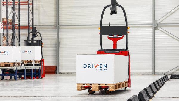 Všechny skladové vozíky z portfolia Linde MH jsou nyní k dostání i v automatizovaných variantách.
