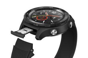 Huawei Watch 2 jsou zatím nejlepší hodinky s Androidem a konečně si s nimi promluvíte česky