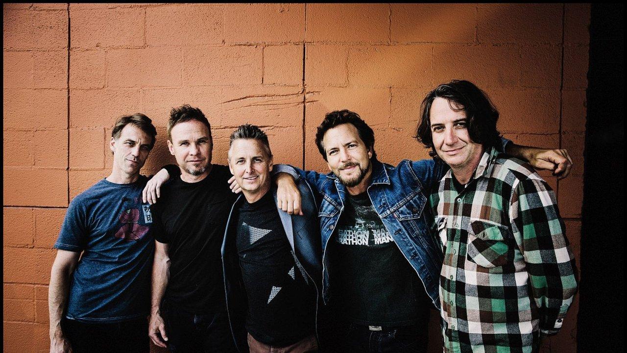 Pearl Jam jsou považováni za jednu z nejpopulárnějších rockových kapel devadesátých let.