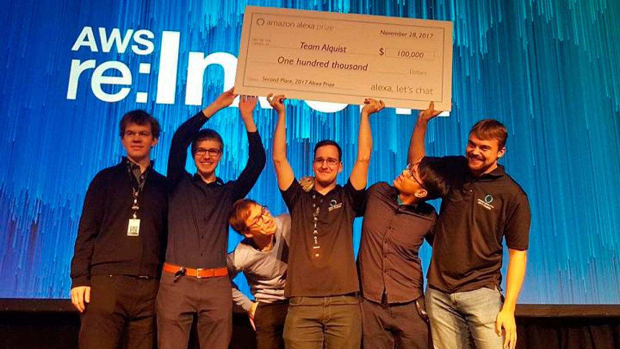 Hledáme posily. Díky úspěchům, mimo jiné v soutěži Amazonu v Las Vegas, se tým studentů může rozšířit.