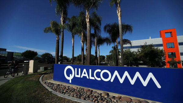 Kalifornská firma Qualcomm zatím odolává nabídkám na převzetí od konkurenčního Broadcomu - Ilustrační foto.