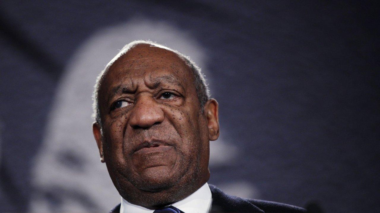 herec Bill Cosby byl obviněn ze znásilnění