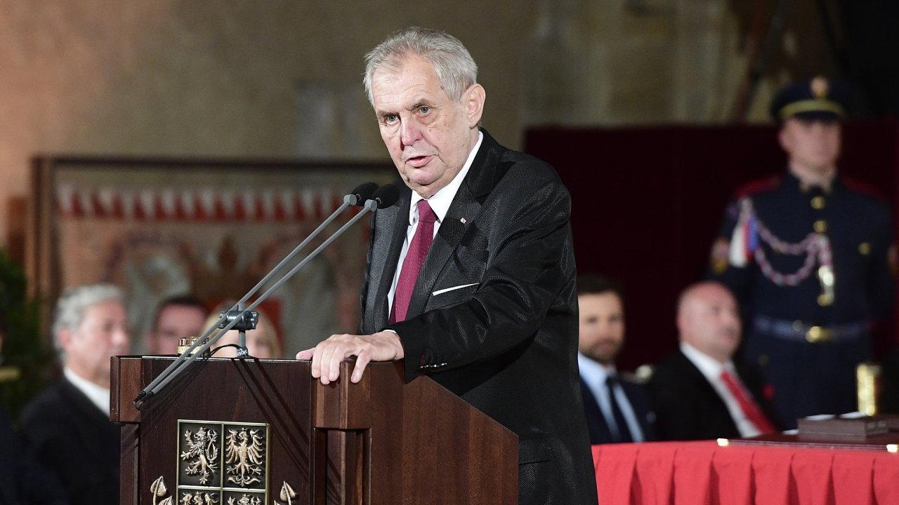 Prezident Miloš Zeman při projevu ve Vladislavském sále Pražského hradu, kde se koná slavnostní ceremoniál udílení státních vyznamenání.