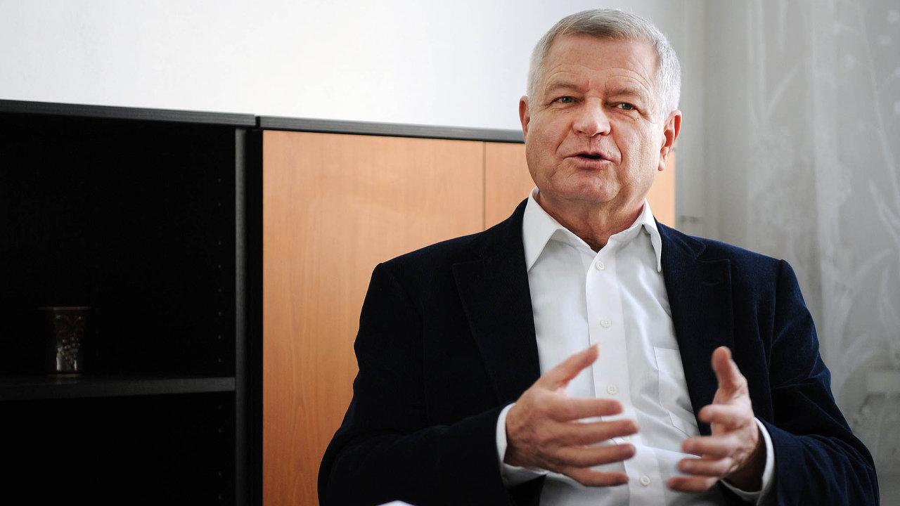 Podnikatel Zdeněk Zemek rozšiřuje své autobusové impérium.
