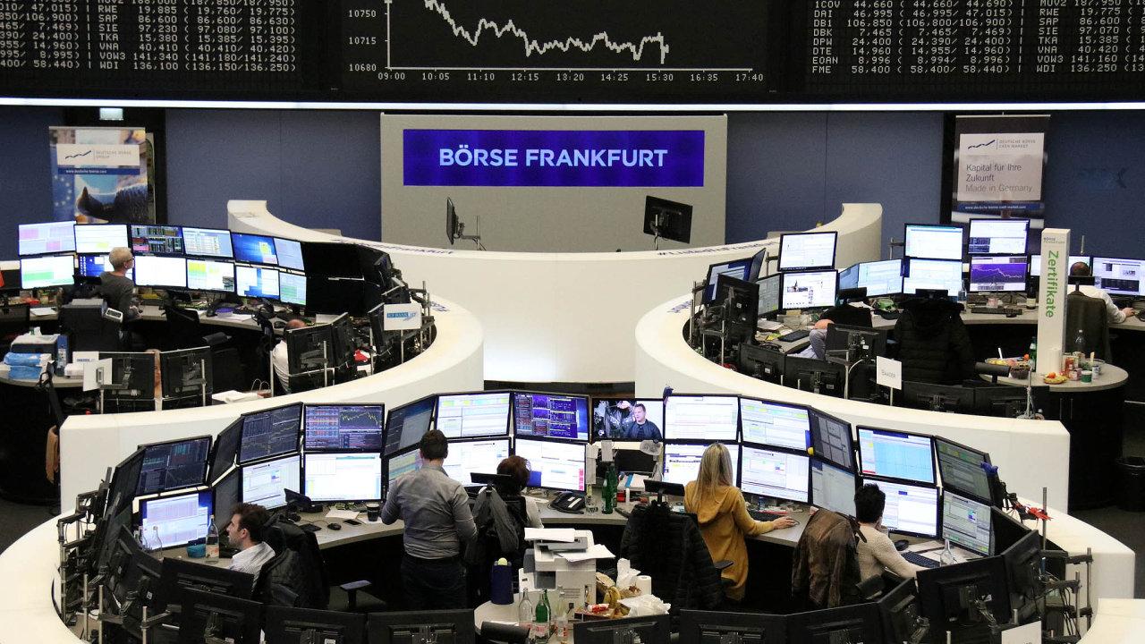 Německé hospodářství se v poslední době potýká s negativními důsledky slábnoucího růstu globální ekonomiky a nejistoty kolem brexitu.