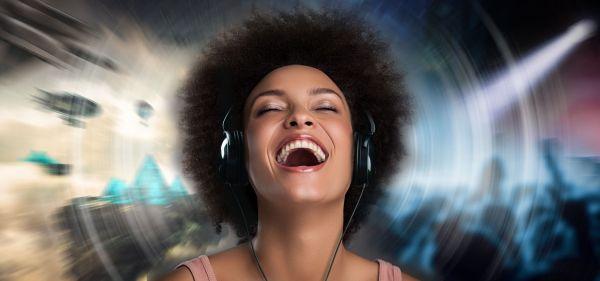 Creative Super X-Fi AMP slibuje lepší a prostorovější zvuk ze sluchátek