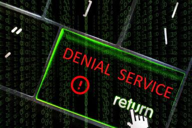 Ilustrace: Ochrana proti útoku DDoS (Distributed Denial of Service/distribuované odmítnutí služby).