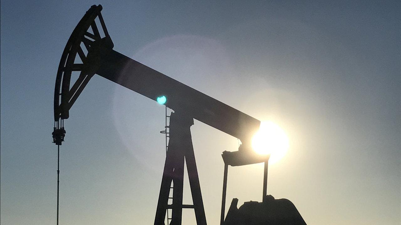 Těžba, ropa, ilustrační