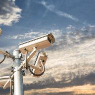 Soud shledal nutnost ochrany pro pracovní desku ašuplíky zaměstnance, kde ten má určitou míru rozumného očekávání soukromí.
