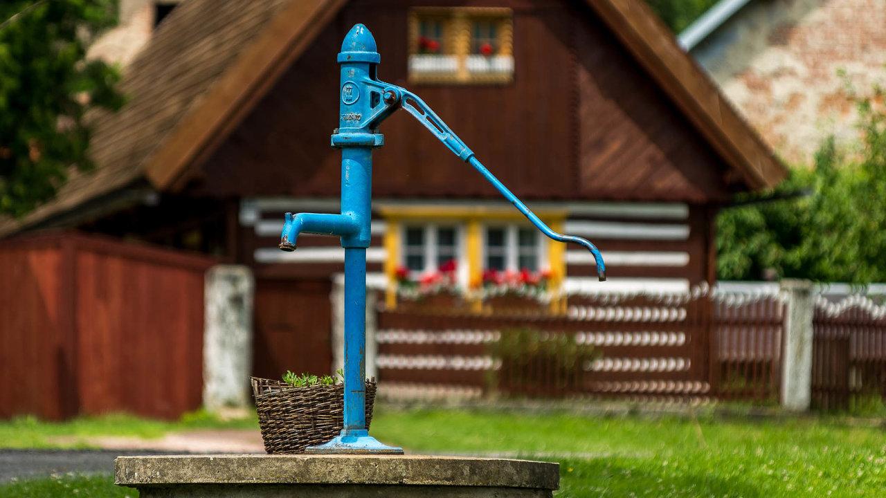 Vykopat studnu je složitější.