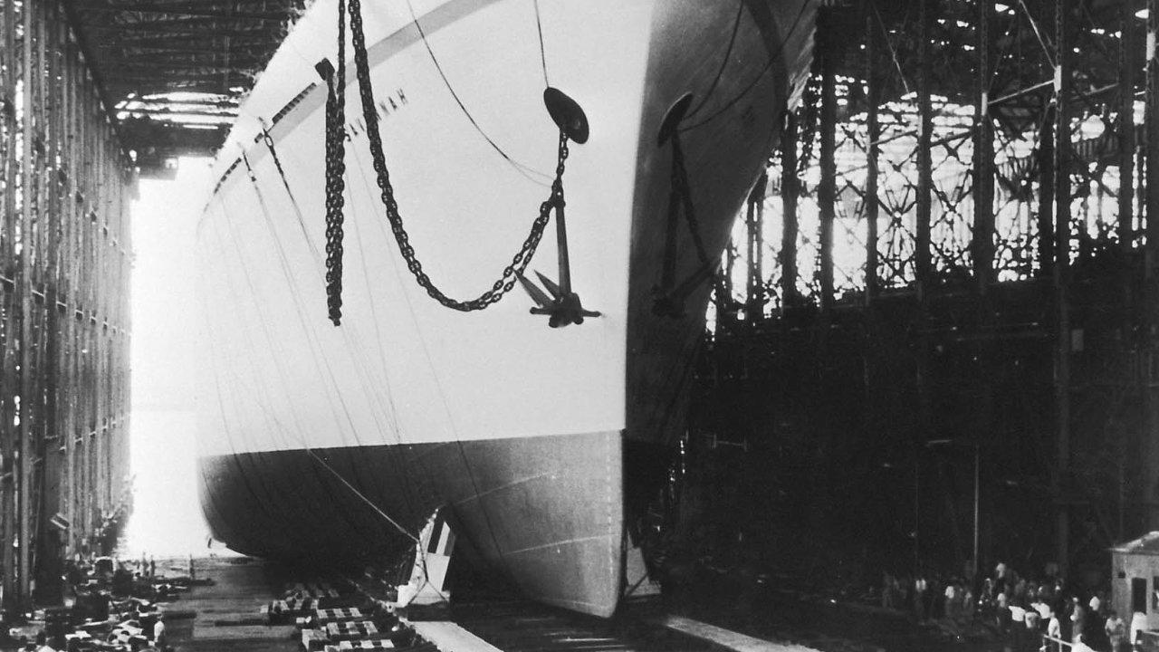 NS Savannah při spuštění na vodu v červenci 1959