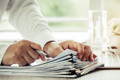 Kde zapsat vlastníka: Zapisovat majitele dostátní evidence podniky mohou prostřednictvím krajských soudů, vPraze je to městský soud. Nově se budou moci obracet inanotáře.