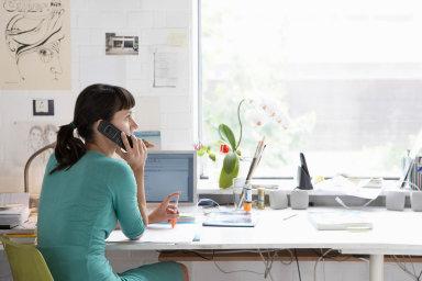 Home office v EU využívají častěji ženy (5,4 procenta) než muži (4,8 procenta).