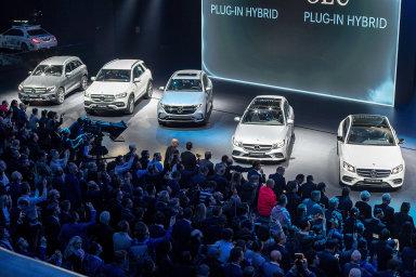 Letošní frankfurtský autosalon ovládla elektromobilita, pohonem budoucnosti by měl být i vodík