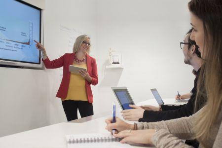 Výuka, prezentace, ilustrační foto