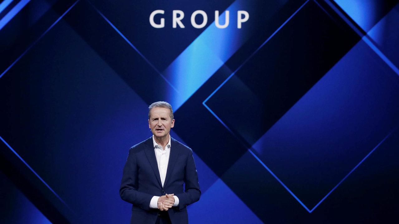 Generální ředitel automobilky Volkswagen Herbert Diess je obviněn zmanipulace sakciovým trhem.
