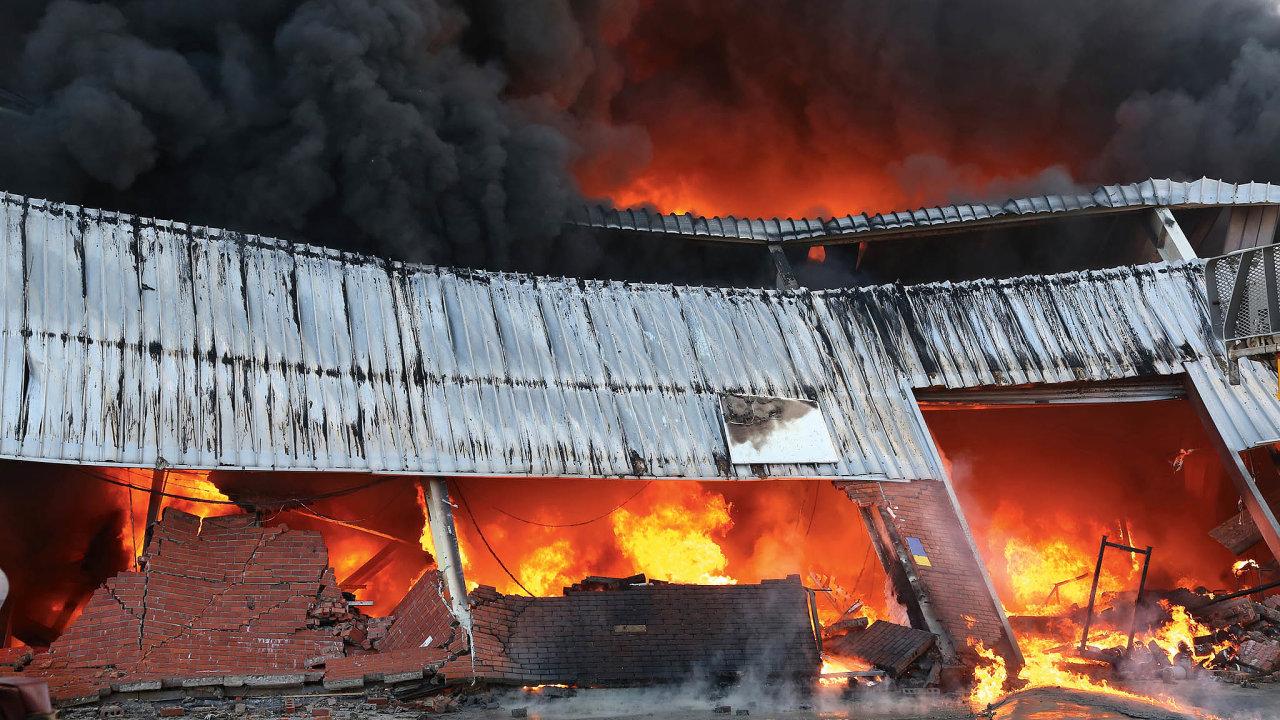Vznik požáru představuje pro logistická centra velmi vážné ohrožení zejména při skladování nebezpečného zboží.