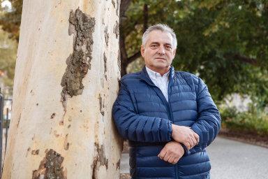 Petr Rafaj: Vpřípadě, že sněmovna návrh schválí, zbude šéfovi antimonopolního úřadu Petru Rafajovi dohled nad hospodářskou soutěží.